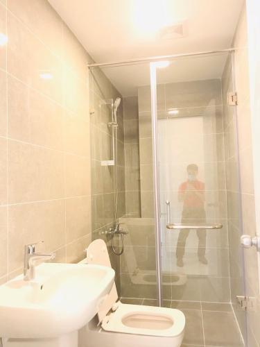 Phòng tắm căn hộ Terra Royal Cho thuê căn hộ 2 phòng ngủ Terra Royal Quận 3, thiết kế sang trọng, bàn giao ngay.