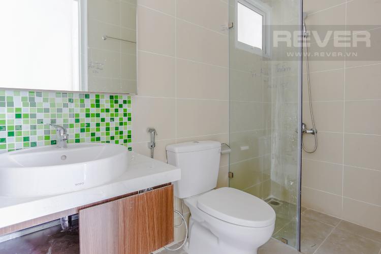 Phòng Tắm 1 Căn hộ Dragon Hill 2 tầng trung 2 phòng ngủ hướng Đông Bắc