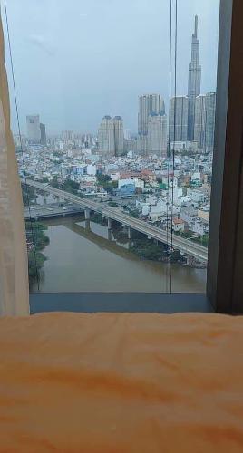 Phòng ngủ Vinhomes Golden River, Quận 1 Căn hộ Vinhomes Golden River tầng cao, hướng Đông Bắc.