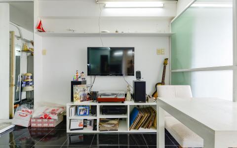 Căn hộ trung tầng chung cư Miểu Nổi đầy đủ nội thất, tiện nghi