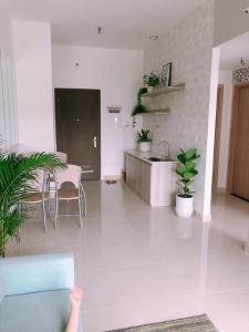 Bán căn hộ officetel The Sun Avenue 1PN+1, đầy đủ nội thất, view đại lộ Mai Chí Thọ