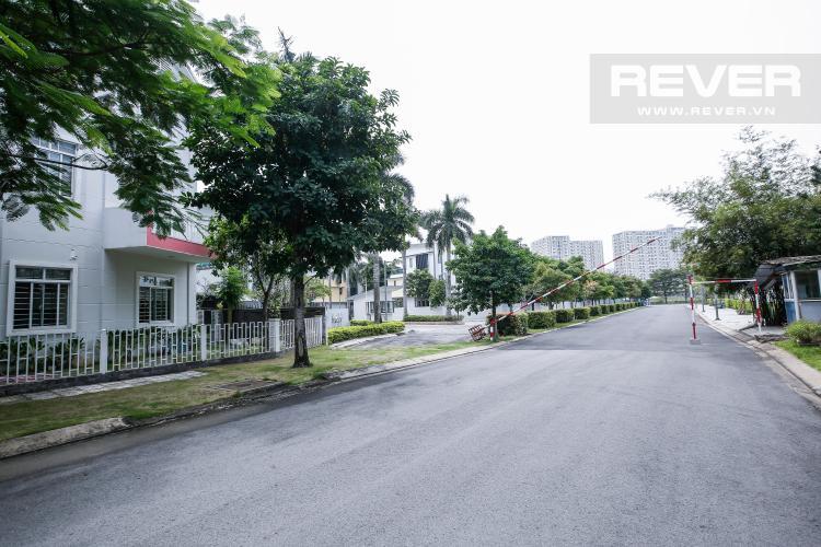 Đường Nội Bộ Nhà phố 3 phòng ngủ khu Hoja Villa, Phước Long B, Quận 9