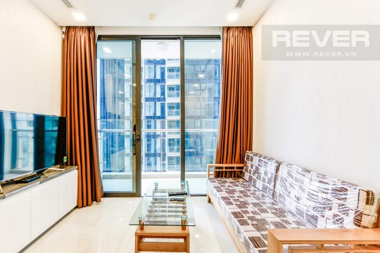 Phòng khách Căn hộ Vinhomes Golden River tầng cao, view đẹp, 2PN nội thất đầy đủ
