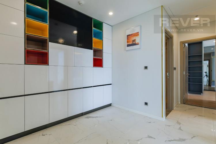 Hành Lang Cho thuê căn hộ Sarina Condominium 3PN, tầng thấp, đầy đủ nội thất, hướng Đông Nam đón gió