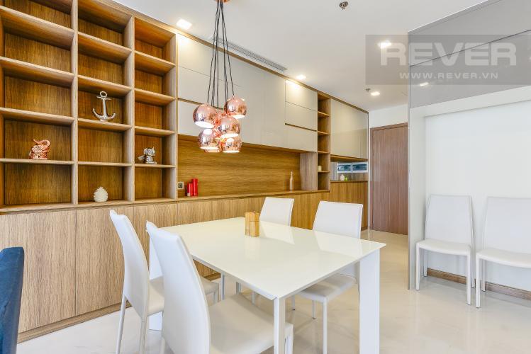Bàn ăn Officetel Vinhomes Central Park 2 phòng ngủ tầng cao P7 nội thất đầy đủ