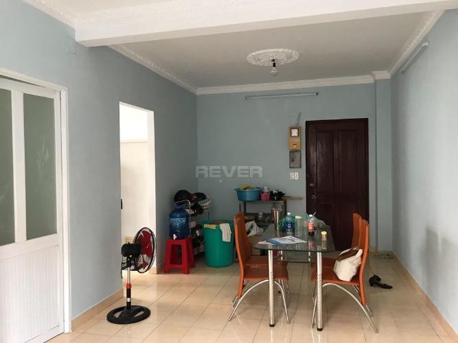 Phòng khách căn hộ chung cư 479A Bến Phú Lâm, Quận 6 Căn hộ chung cư 479A Bến Phú Lâm nội thất cơ bản, thiết kế kỹ lưỡng.