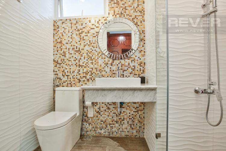 Toilet 2 Căn hộ Vista Verde tầng trung tòa T2 nội thất đẹp, nhà mới, chưa ở