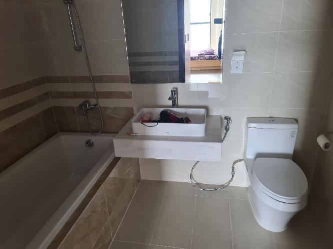 Phòng tắm Saigon Royal Quận 4 Căn hộ Saigon Royal view thành phố và sông, đủ nội thất.