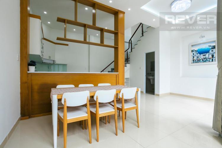 Bàn Ăn Nhà phố hẻm xe hơi đường Nguyễn Văn Giáp Quận 2
