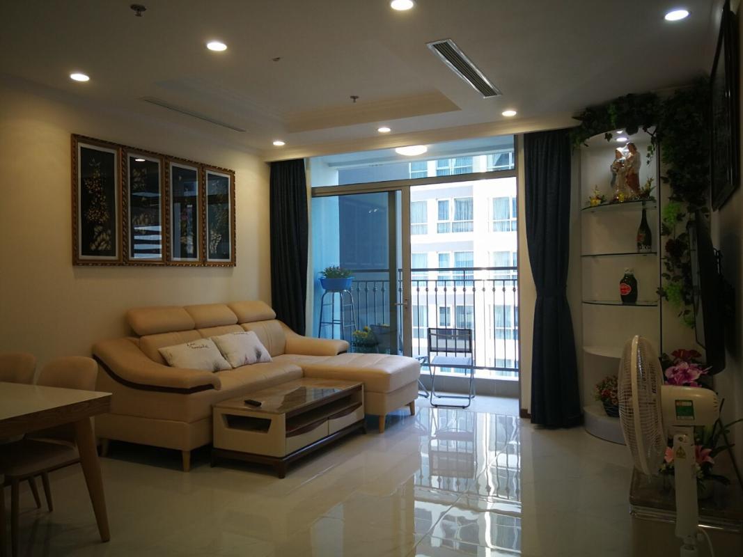 6898462d447ebd20e46f Cho thuê căn hộ Vinhomes Central Park 2PN, tháp Landmark 5, đầy đủ nội thất, hướng ban công Đông Bắc