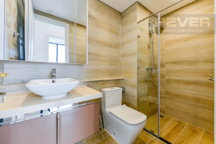 Phòng tắm 2 Căn hộ Vinhomes Golden River 2 phòng ngủ tầng trung A2 view sông