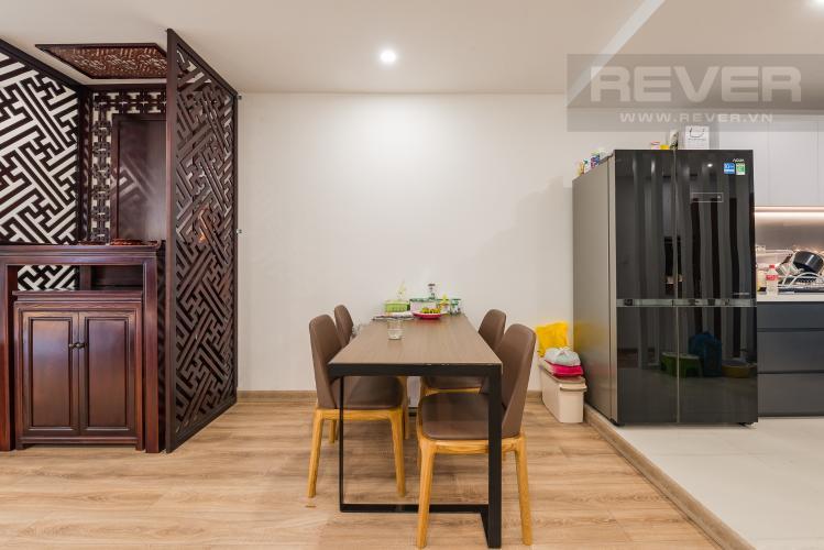 Bàn ăn Bán căn hộ The Gold View Quận 4, tầng thấp, 2PN, đầy đủ nội thất