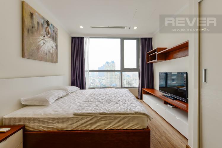 Phòng ngủ 1 Căn góc Vinhomes Central Park 2 phòng ngủ tầng trung L3 đầy đủ nội thất
