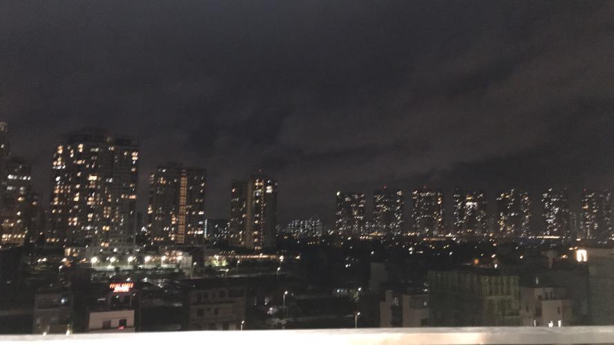 View từ  căn hộ One Verandah Căn hộ One Verandah nội thất cơ bản, view thành phố.