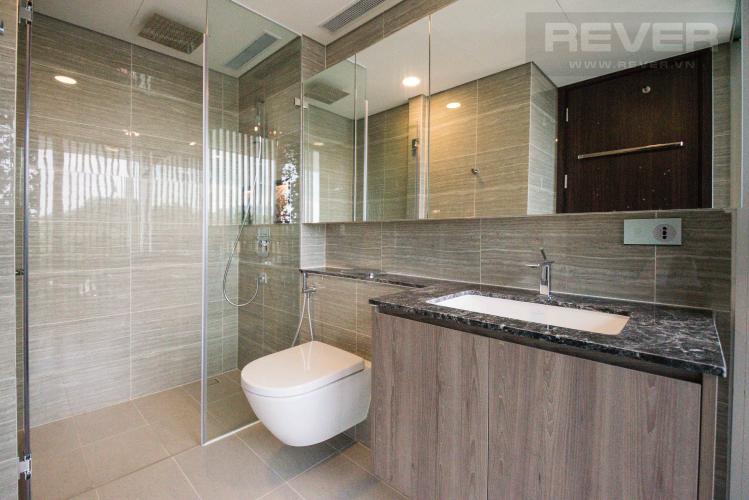 Toilet 2 Cho thuê căn hộ duplex Serenity Sky Villas 2PN, tầng trung, diện tích 123m2, đầy đủ nội thất