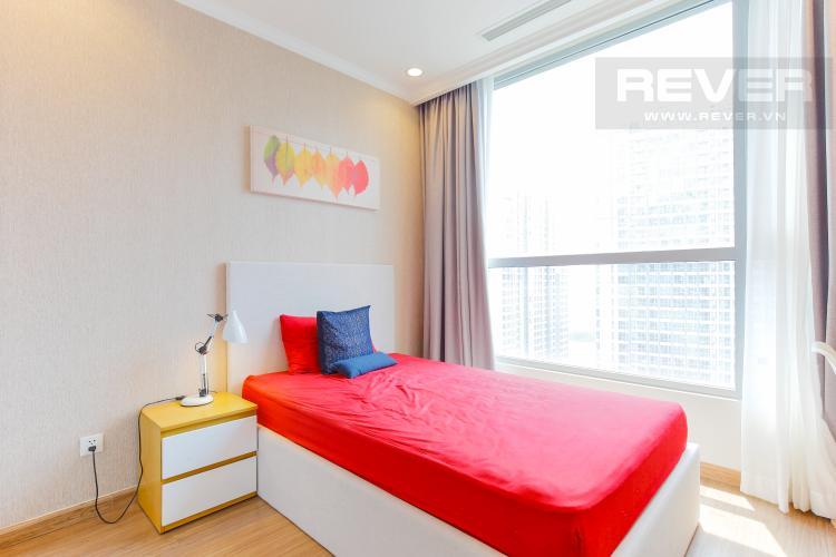 Phòng Ngủ 2 Căn hộ Vinhomes Central Park tầng cao tháp Central 3,2 phòng ngủ, full nọi thất