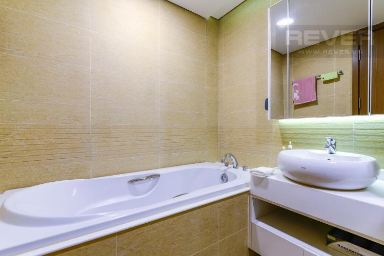 Phòng Tắm 2 Căn hộ Vinhomes Central Park 4PN, tầng thấp, đầy đủ nội thất