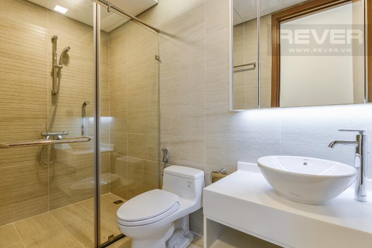 Phòng tắm 1 Căn hộ Vinhomes Central Park 2 phòng ngủ tầng cao P6 view Quận 1