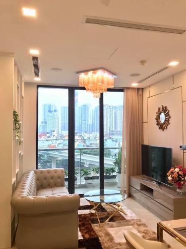 Bán căn hộ Vinhomes Golden River 2PN, diện tích 73m2, đầy đủ nội thất, view Landmark 81