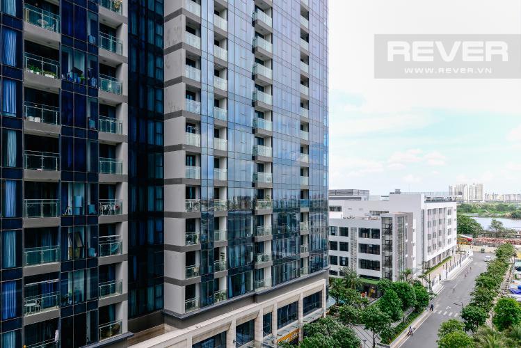 View Cho thuê căn hộ Vinhomes Golden River 1PN, tháp The Luxury 6, hướng Đông Bắc, view sông Sài Gòn mát mẻ
