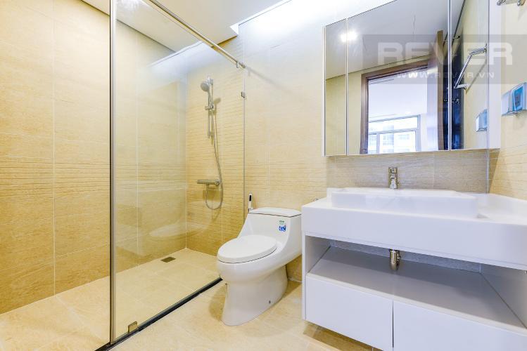 Phòng tắm 1 Căn hộ Vinhomes Central Park 2 phòng ngủ tầng thấp P3 view hồ bơi