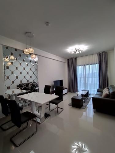 Cho thuê căn hộ The Sun Avenue thuộc tầng trung, diện tích 90m2, đầy đủ nội thất