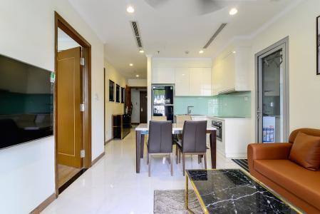 Bán căn hộ Vinhomes Central Park 2PN tầng thấp tháp Landmark 3, đầy đủ nội thất, view nội khu đẹp
