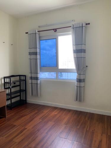 Phòng ngủ Topaz Garden, Tân Phú Căn hộ Topaz Garden tầng cao, sàn lót gỗ, đầy đủ nội thất.