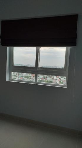 Bên trong Topaz Home 2 Căn hộ Topaz Home 2 tầng trung, nội thất cơ bản, view thoáng mát.