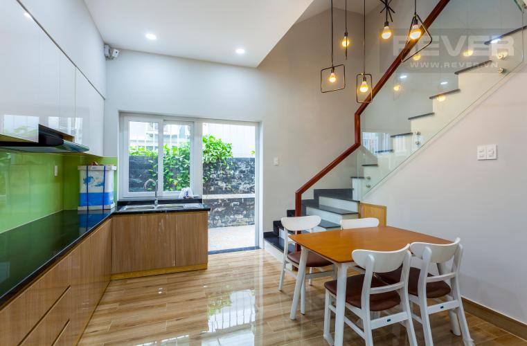Bàn ăn Nhà phố khu villa Mega Village Quận 9 đầy đủ nội thất, tiện nghi