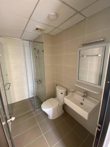 Phòng wc căn hộ Flora Novia Căn hộ Flora Novia 2 phòng ngủ thiết kế hiện đại sang trọng.