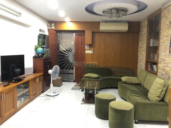 Phòng khách chung cư Mỹ Phước, Bình Thạnh Căn hộ chung cư Mỹ Phước tầng trung, view Landmark 81.