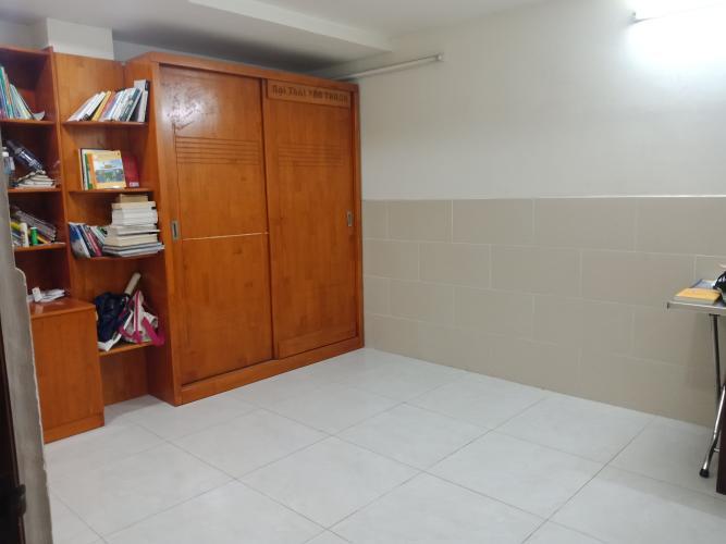 Phòng ngủ nhà phố Bến Phú Định, Quận 8 Nhà phố có dãy trọ cho thuê, hẻm xe hơi, trung tâm quận 8.