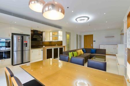 Cho thuê căn hộ Diamond Island - Đảo Kim Cương 2PN, tháp Brilliant, đầy đủ nội thất, view trực diện sông.