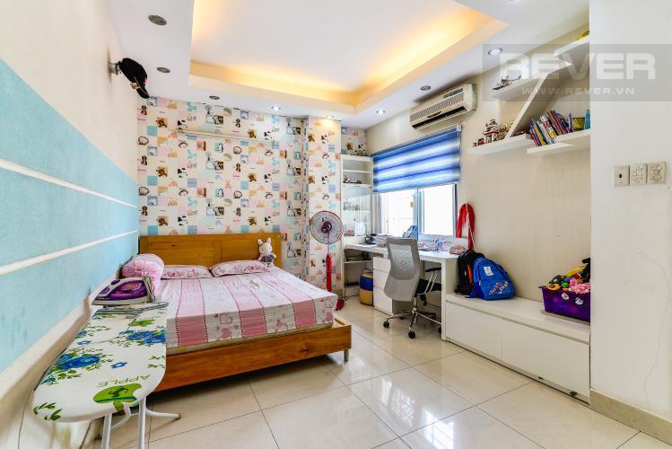 Phòng Ngủ 2 Căn hộ Chung Cư Khánh Hội 1 tầng thấp 2 phòng ngủ nội thất đầy đủ