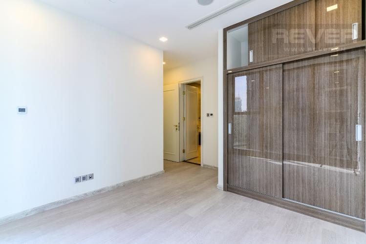 Phòng Ngủ 1 Officetel Vinhomes Golden River 2 phòng ngủ tầng thấp A1 hướng Đông