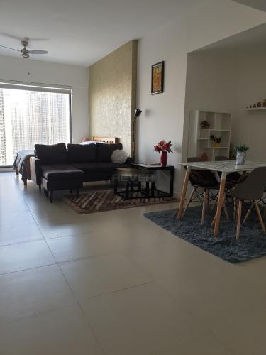 Cho thuê căn hộ studio đầy đủ nội thất, view Landmark 81 Gateway Thảo Điền