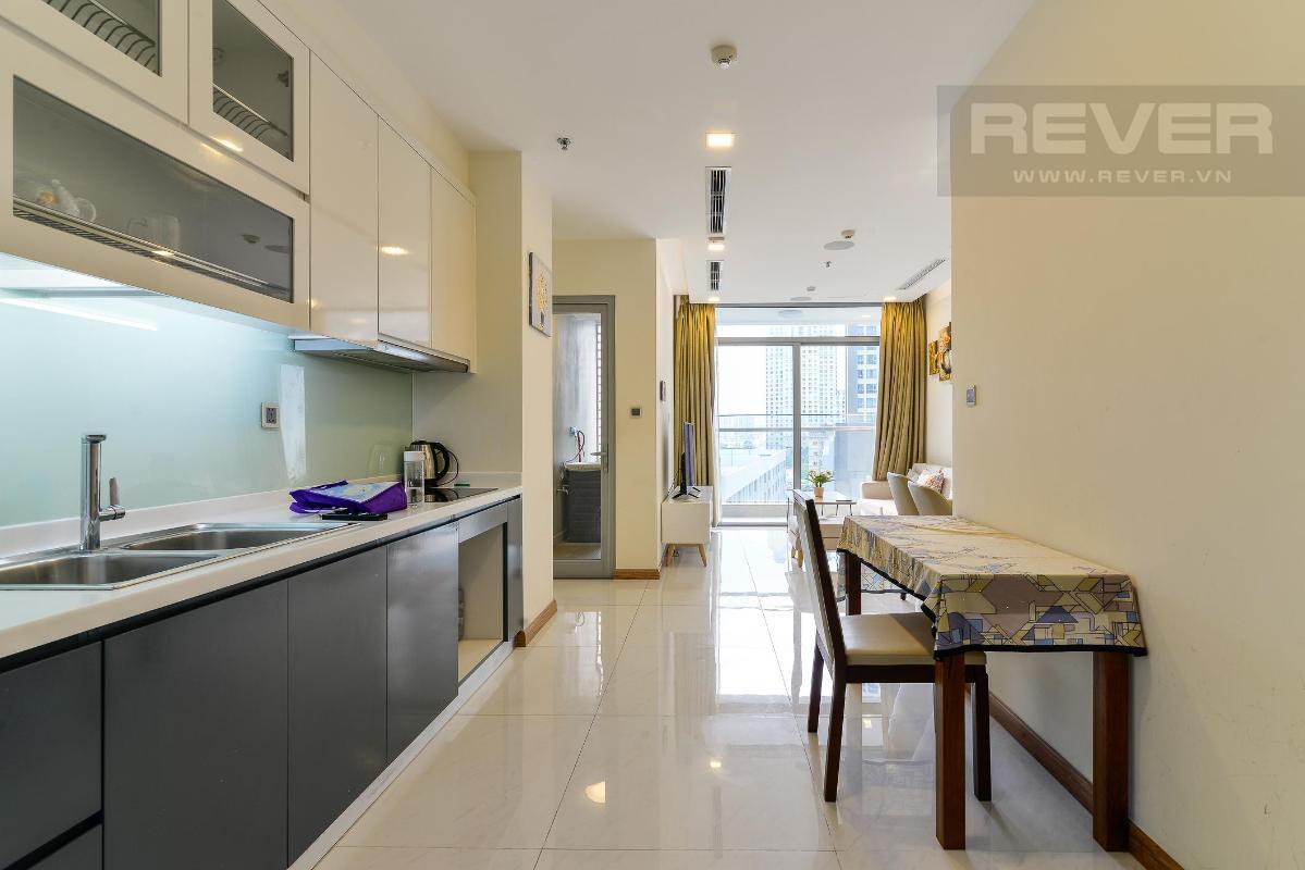 Kitchen room Cho thuê căn hộ Vinhomes Central Park 2PN, tầng thấp, diện tích 75m2, đầy đủ nội thất, view nội khu