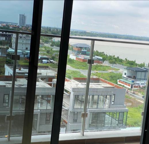 View ban công One Verandah Quận 2 Căn hộ One Verandah tầng trung, view sông và thành phố.