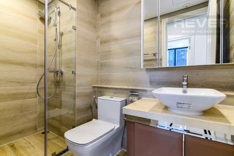 Phòng Tắm 1 Căn hộ Vinhomes Golden River 2 phòng ngủ tầng cao A3 hướng Đông Bắc