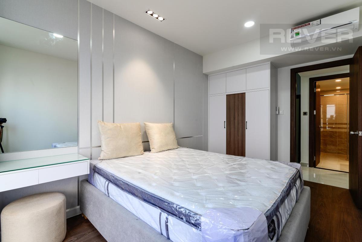 f43d8d800445e21bbb54 Cho thuê căn hộ Saigon Royal 2PN, tháp A, diện tích 86m2, đầy đủ nội thất, view thành phố