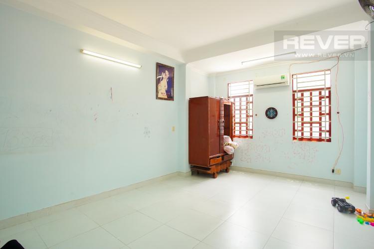 Phòng Ngủ 1 Tầng 1 Cho thuê nhà phố 3 tầng, phường Bình An, Q2, diện tích đất 92m2, đường trước nhà 2 ô tô tránh nhau