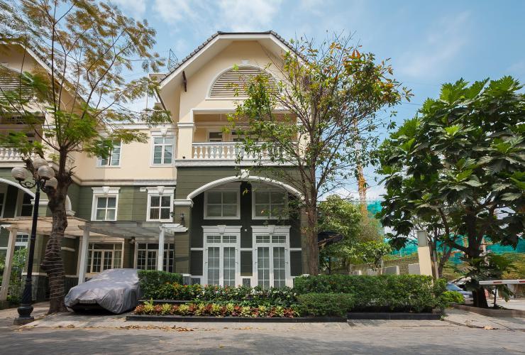Bán hoặc cho thuê biệt thự KDC Kim Long, Nhà Bè, diện tích đất 10x21m, đầy đủ nội thất cao cấp, cửa hướng Nam