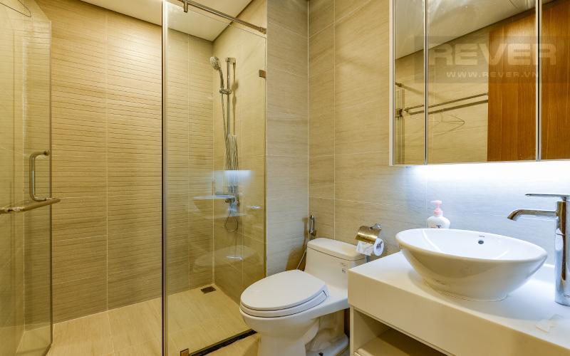 phòng tắm 1 Căn hộ 2 phòng Vinhomes Central Park tại Park 6 tầng cao, tiện nghi và yên tĩnh