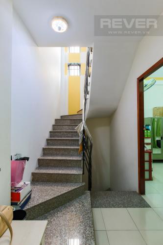 Cầu thang Nhà phố 3 phòng ngủ Đường Số 53 Quận 7