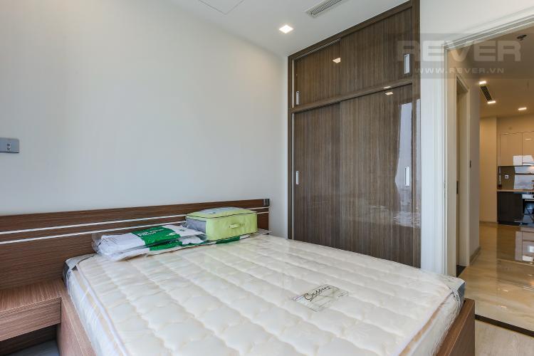 Phòng Ngủ 2 Căn hộ Vinhomes Golden River 2 phòng ngủ tầng thấp A3 full nội thất