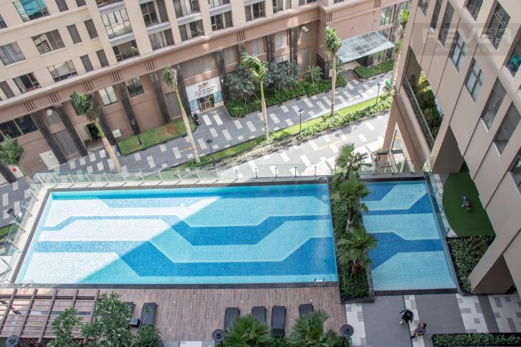 View Bán căn hộ Saigon Royal 2PN, tầng thấp, tháp A, đầy đủ nội thất, view trực diện hồ bơi