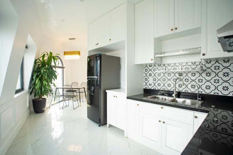 Phòng bếp căn hộ dịch vụ Trần Não, Quận 2 Căn hộ dịch vụ Trần Não nội thất tiện nghi, thiết kế tân cổ điển.