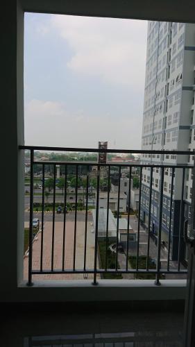 View Saigon Gateway, Quận 9 Căn hộ Saigon Gateway tầng 6, nội thất cơ bản, view nội khu.