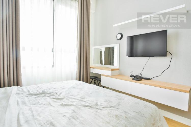 Phòng ngủ chính cửa sổ Tây Bắc Căn hộ T4B Masteri Thảo Điền trung tầng hướng Tây
